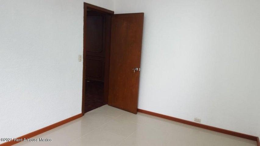 Oficina Estado de Mexico>Naucalpan de Juarez>El Parque - Renta:14.000 Pesos - codigo: 21-1881