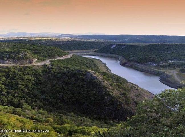 Terreno Queretaro>Corregidora>Canadas del Lago - Venta:12.000.000 Pesos - codigo: 21-1916