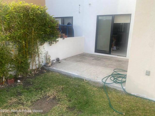 Casa Queretaro>Queretaro>Cumbres del Lago - Renta:16.500 Pesos - codigo: 21-2011