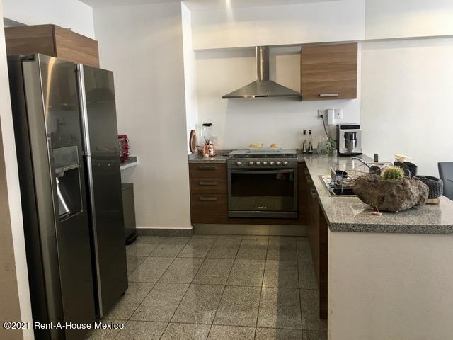 Departamento Distrito Federal>Cuajimalpa>Manzanastitla - Renta:14.000 Pesos - codigo: 21-2082
