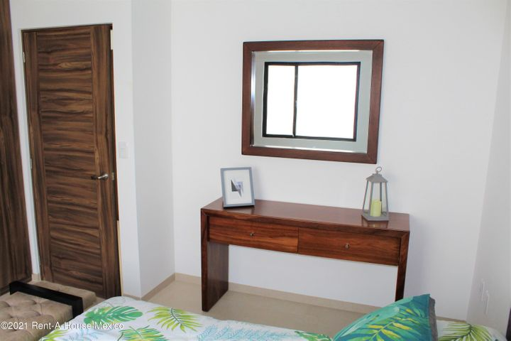 Casa Queretaro>El Marques>Zibata - Venta:3.265.000 Pesos - codigo: 21-2272