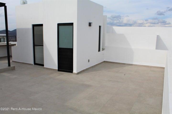 Casa Queretaro>El Marques>Zibata - Venta:3.740.000 Pesos - codigo: 21-2276