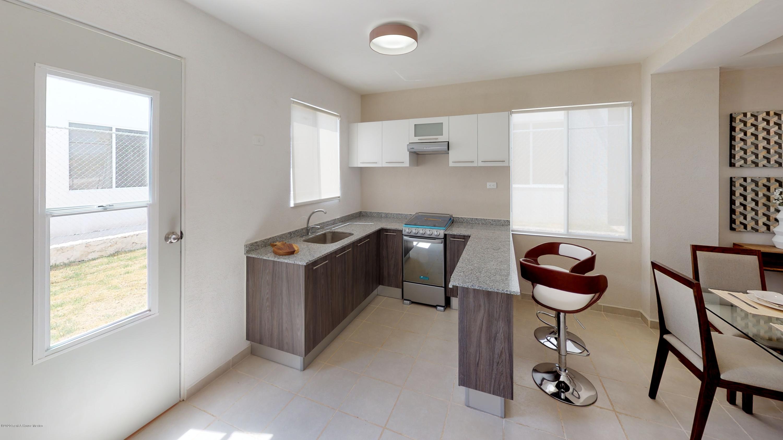 Casa Yucatan>Kanasin>Residencial Las Palmas - Venta:796.000 Pesos - codigo: 21-2288