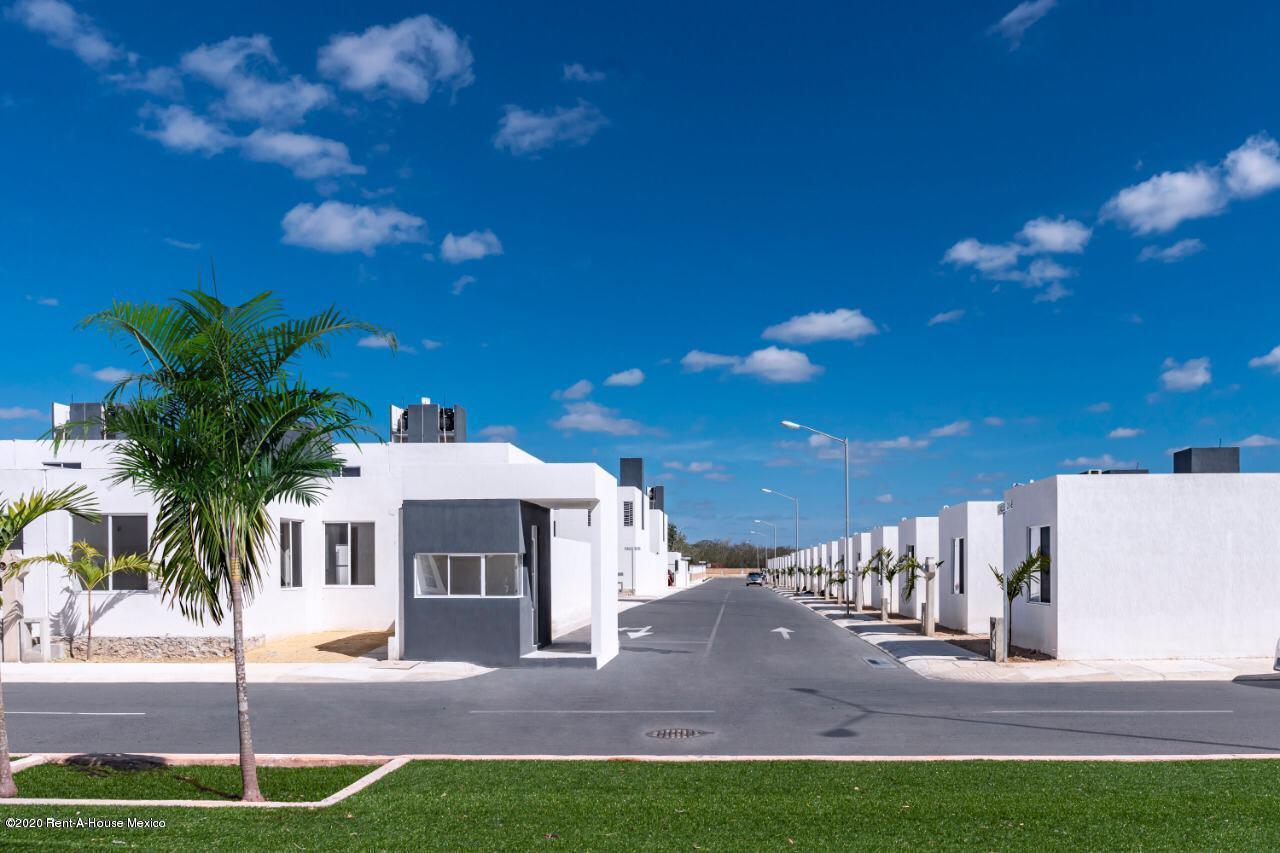Casa Yucatan>Kanasin>Residencial Las Palmas - Venta:1.007.000 Pesos - codigo: 21-2292
