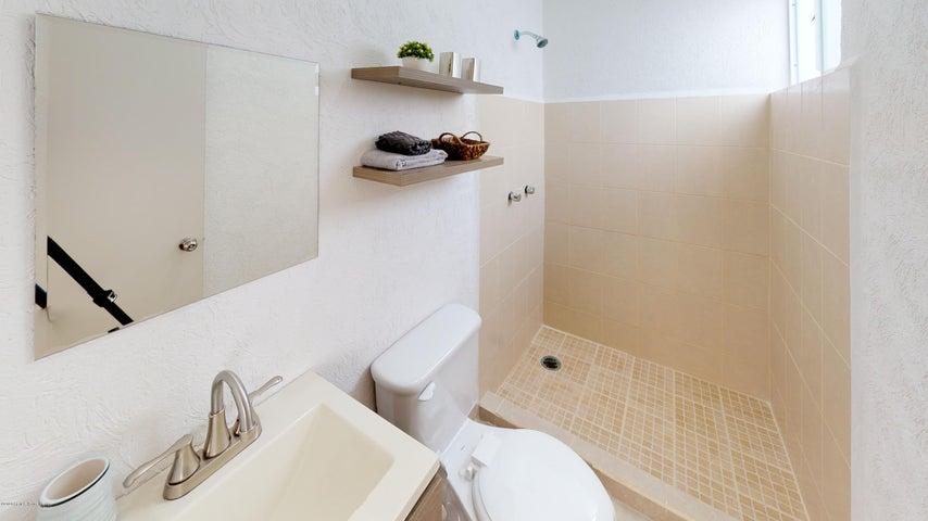 Casa Yucatan>Kanasin>Residencial Las Palmas - Venta:1.007.000 Pesos - codigo: 21-2293