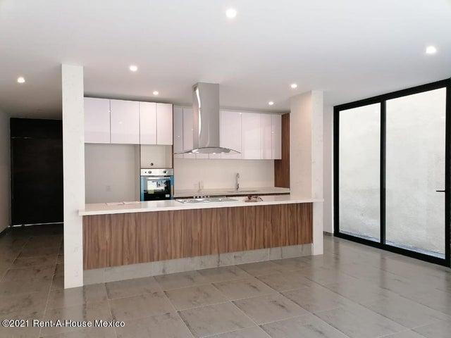 Casa Queretaro>El Marques>Zibata - Venta:3.798.000 Pesos - codigo: 21-2238