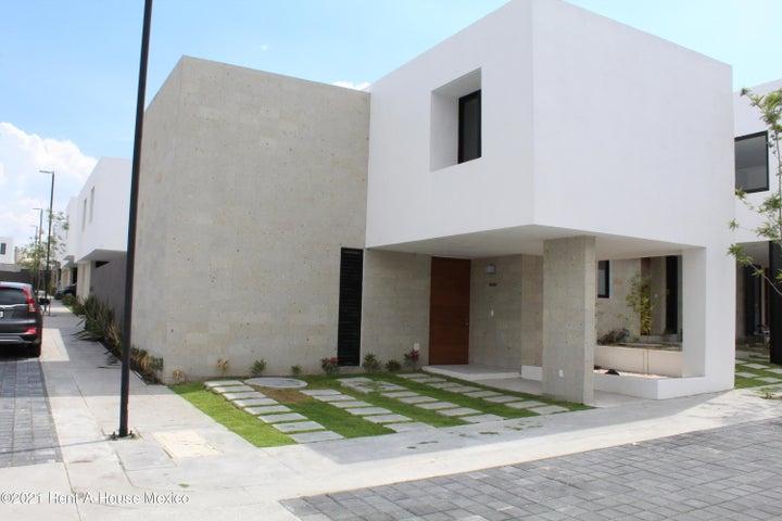 Casa Queretaro>El Marques>Zibata - Venta:3.440.000 Pesos - codigo: 21-1955