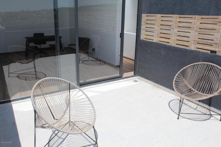 Casa Queretaro>Queretaro>El Refugio - Venta:3.350.286 Pesos - codigo: 21-2395