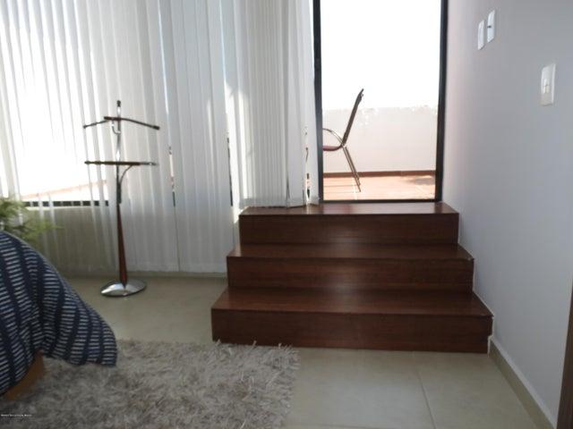 Casa Queretaro>El Marques>Zibata - Venta:2.802.000 Pesos - codigo: 21-2401