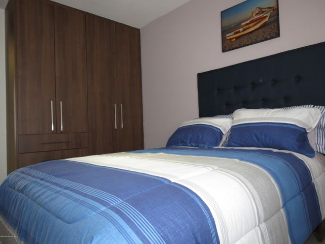 Casa Queretaro>El Marques>Zibata - Venta:3.044.000 Pesos - codigo: 21-2402