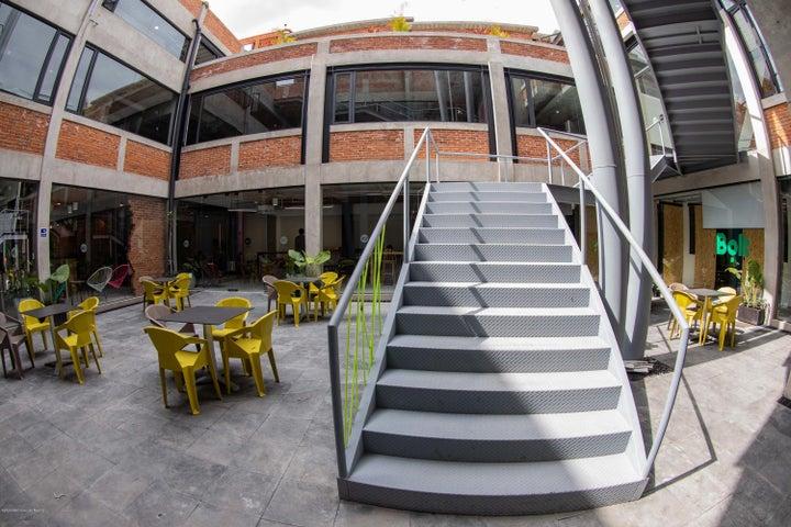 Oficina Distrito Federal>Miguel Hidalgo>Granada - Renta:20.085 Pesos - codigo: 21-2416