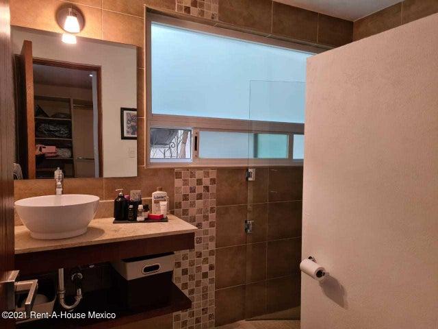 Casa Queretaro>Huimilpan>Cumbres del Cimatario - Venta:6.200.000 Pesos - codigo: 21-2452