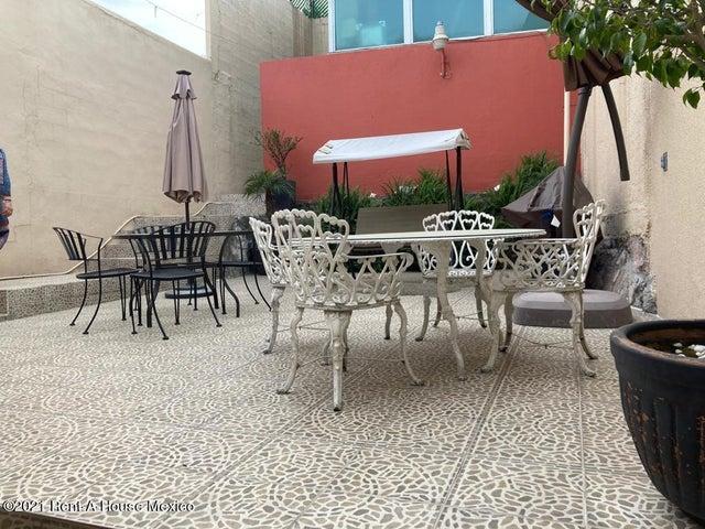 Casa Estado de Mexico>Tlalnepantla de Baz>El Dorado - Renta:19.000 Pesos - codigo: 21-2587