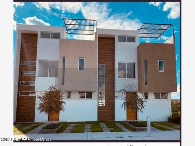 Casa Queretaro>Corregidora>Canadas del Lago - Venta:2.990.000 Pesos - codigo: 21-2651