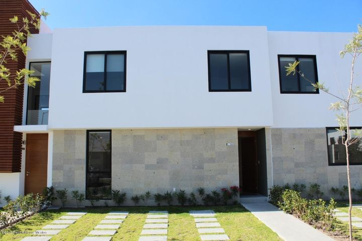 Casa Queretaro>Queretaro>Altos de Juriquilla - Venta:3.368.000 Pesos - codigo: 21-2782