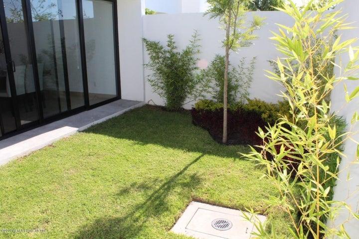 Casa Queretaro>Queretaro>Altos de Juriquilla - Venta:3.465.000 Pesos - codigo: 21-2784