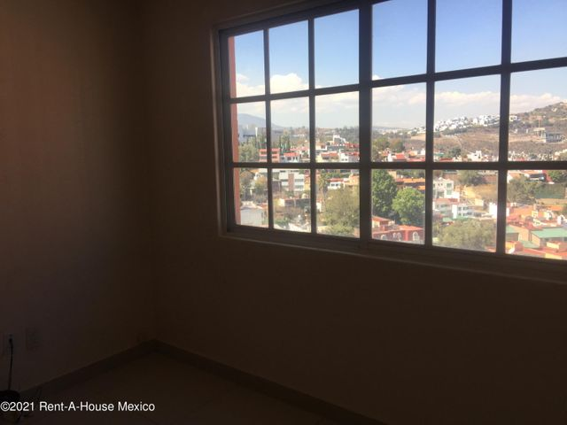 Departamento Estado de Mexico>Naucalpan de Juarez>Ciudad Satelite - Venta:4.500.000 Pesos - codigo: 21-2892