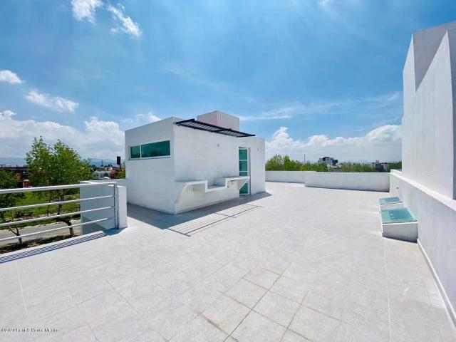 Casa Hidalgo>Pachuca de Soto>Fracc Parque Esmeralda - Venta:2.790.000 Pesos - codigo: 21-3000