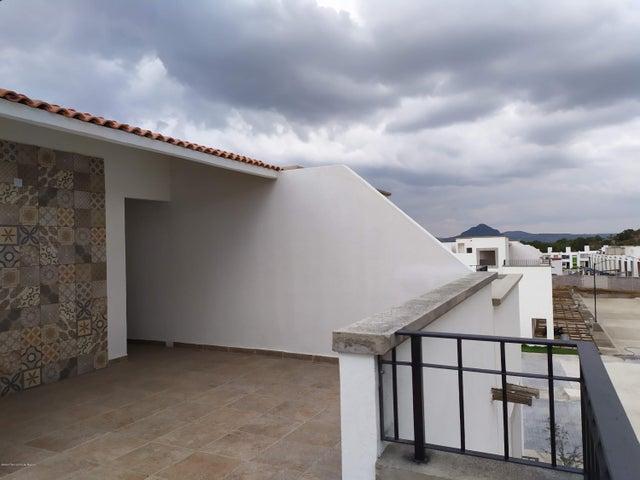 Casa Hidalgo>Mineral de la Reforma>Pachuquilla - Venta:2.106.000 Pesos - codigo: 21-3126