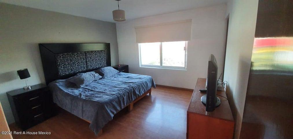 Casa Jalisco>Tlajomulco de Zuniga>San Agustin - Renta:14.000 Pesos - codigo: 21-442