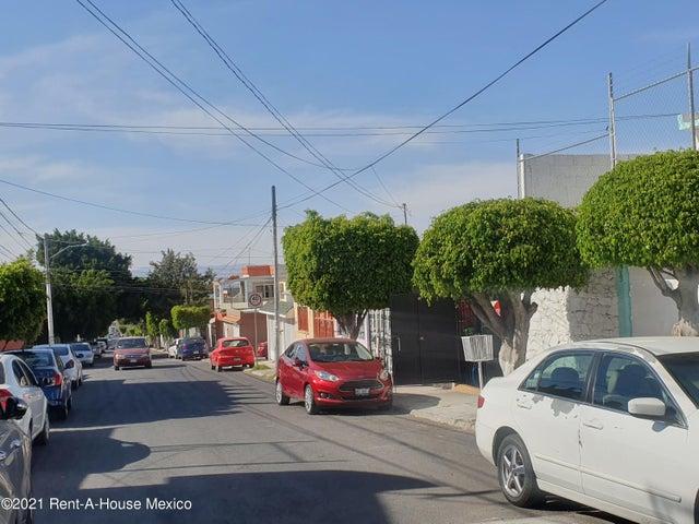 Casa Queretaro>Queretaro>Lazaro - Venta:1.800.000 Pesos - codigo: 21-3364