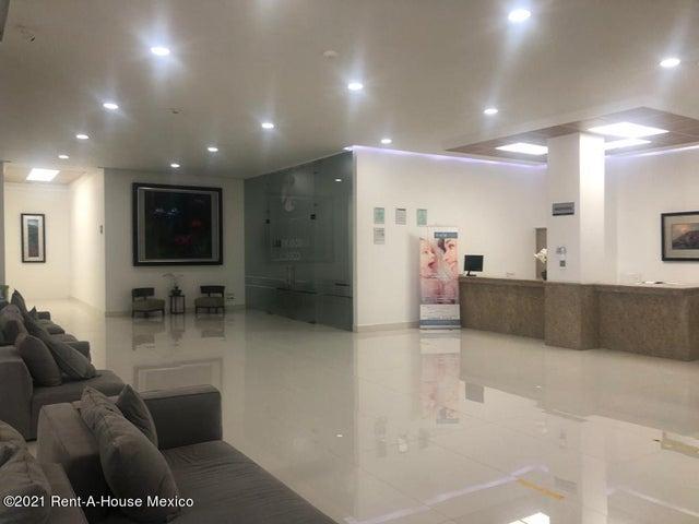 Bodega Queretaro>Queretaro>Juriquilla - Renta:23.000 Pesos - codigo: 21-3597