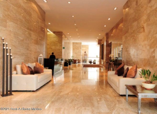 Departamento Distrito Federal>Miguel Hidalgo>Ampliacion Granada - Renta:35.000 Pesos - codigo: 21-3636