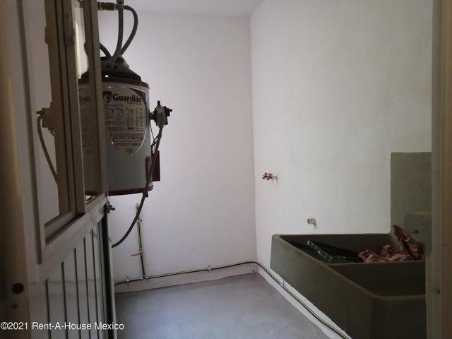 Departamento Queretaro>El Marques>La Pradera - Renta:5.500 Pesos - codigo: 21-3666