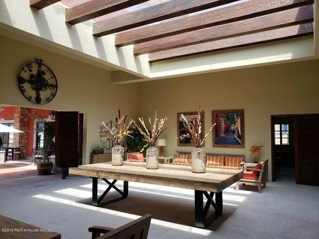 Departamento Guanajuato>San Miguel Allende>Zirandaro - Venta:4.750.000 Pesos - codigo: 21-3753