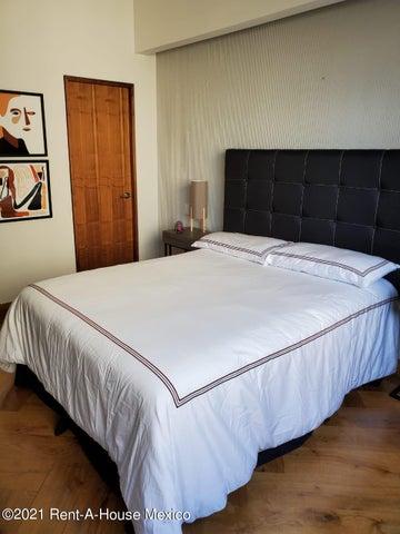 Departamento Estado de Mexico>Huixquilucan>Villa Florence - Renta:34.500 Pesos - codigo: 21-3818