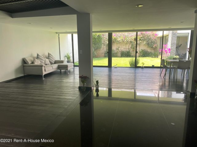 Departamento Estado de Mexico>Naucalpan de Juarez>Lomas de Tecamachalco - Venta:15.000.000 Pesos - codigo: 21-3821