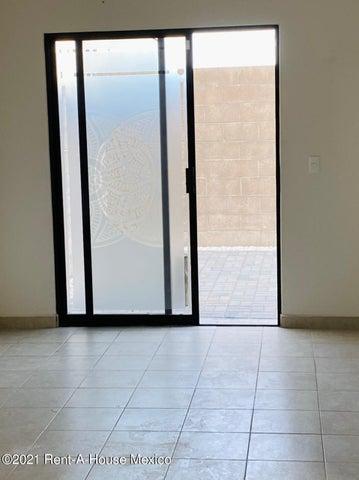 Casa Queretaro>Queretaro>El Mirador - Renta:8.500 Pesos - codigo: 21-3845