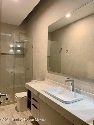 Casa Queretaro>Queretaro>Altozano - Venta:8.914.000 Pesos - codigo: 21-1103