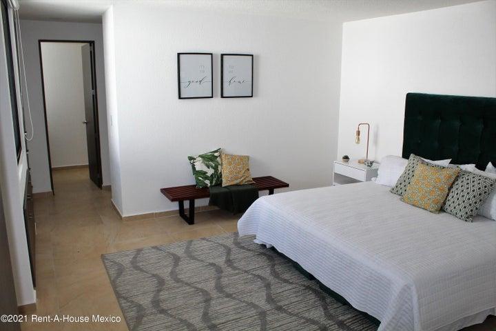 Casa Queretaro>Queretaro>Altos de Juriquilla - Venta:3.697.000 Pesos - codigo: 21-3946
