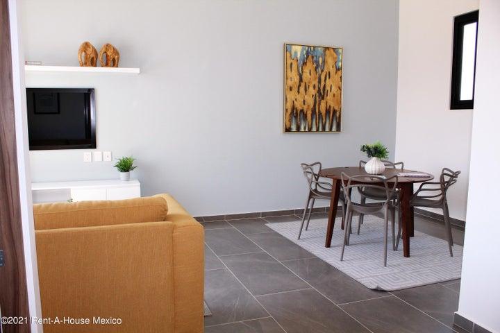 Casa Queretaro>Queretaro>Altos de Juriquilla - Venta:4.053.000 Pesos - codigo: 21-3950