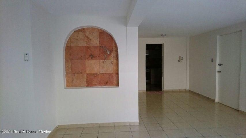 Departamento Distrito Federal>Miguel Hidalgo>Lomas de Bezares - Renta:18.500 Pesos - codigo: 21-3957