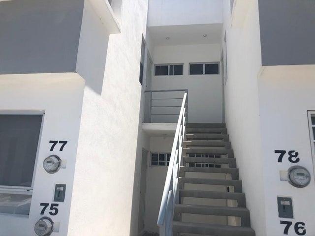 Departamento Queretaro>El Marques>Ciudad Maderas - Renta:8.000 Pesos - codigo: 21-3968