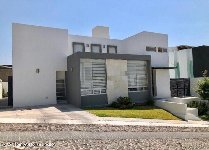 Casa Queretaro>Corregidora>Vista Real - Venta:5.850.000 Pesos - codigo: 21-3975
