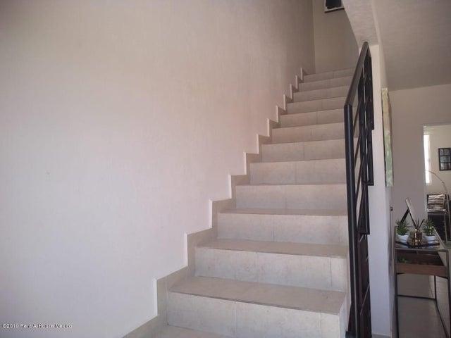 Casa Queretaro>Queretaro>Ciudad Del Sol - Venta:1.300.000 Pesos - codigo: 21-3976