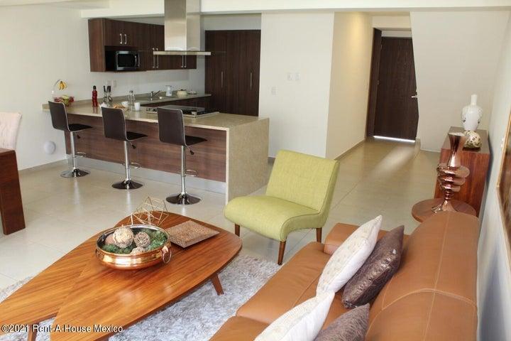 Casa Queretaro>El Marques>Zakia - Venta:1.995.000 Pesos - codigo: 21-4025