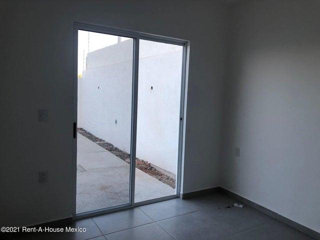 Departamento Queretaro>El Marques>Zakia - Renta:10.500 Pesos - codigo: 21-4039