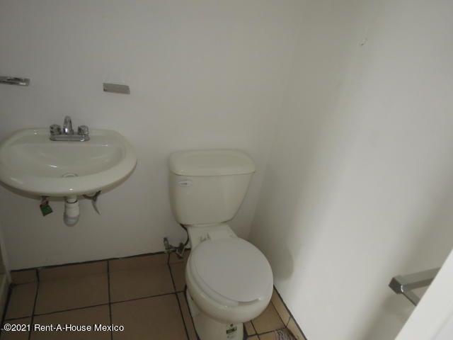Departamento Queretaro>El Marques>Real Solare - Renta:5.000 Pesos - codigo: 21-4040