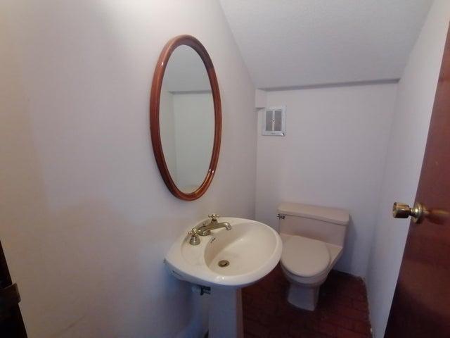 Casa Distrito Federal>Miguel Hidalgo>Bosques de las Lomas - Renta:80.000 Pesos - codigo: 21-3899