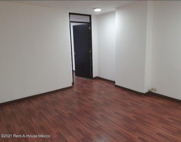 Oficina Distrito Federal>Cuauhtémoc>Hipodromo Condesa - Renta:12.000 Pesos - codigo: 21-4084