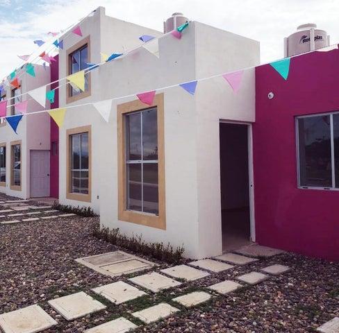 Casa Oaxaca>San Pedro de Mixtepec>Santa Maria De Colotepec -Tierra Blanca - Venta:500.000 Pesos - codigo: 21-4166