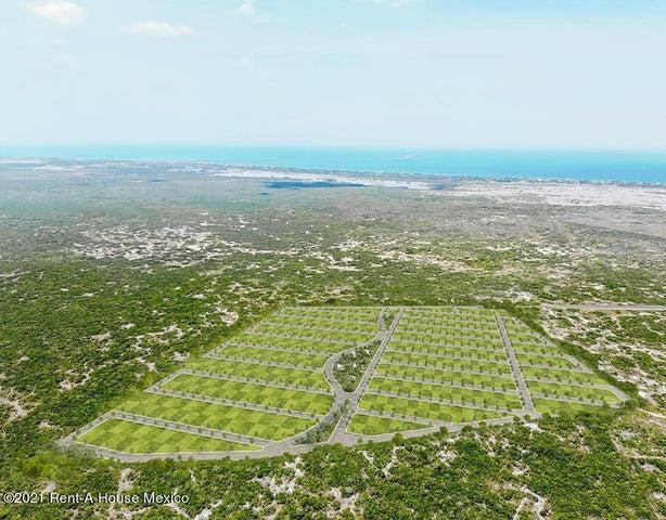 Terreno Yucatan>Chicxulub Pueblo>Chicxulub - Venta:157.500 Pesos - codigo: 21-4246