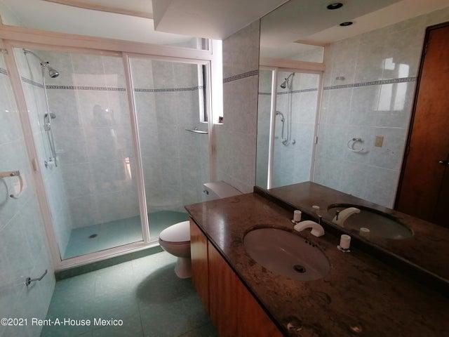 Departamento Estado de Mexico>Huixquilucan>Lomas Country Club - Renta:37.000 Pesos - codigo: 21-4294