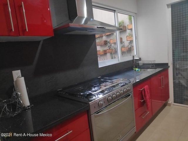 Departamento Distrito Federal>Cuajimalpa de Morelos>Lomas Del Chamizal - Renta:17.500 Pesos - codigo: 21-4401