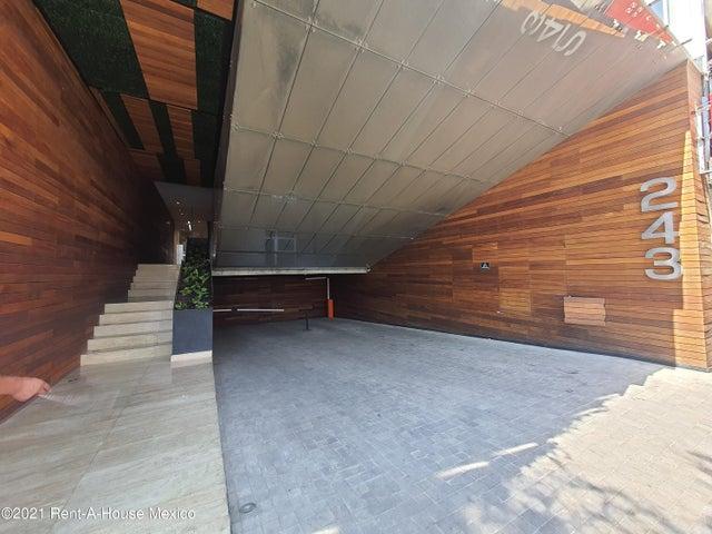 Local Comercial Distrito Federal>Cuauhtémoc>Roma Sur - Renta:93.152 Pesos - codigo: 21-4475