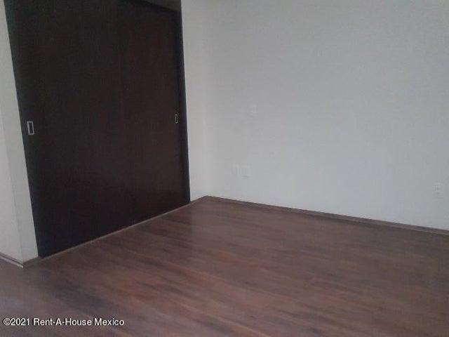 Departamento Distrito Federal>Benito Juárez>Nápoles - Renta:20.000 Pesos - codigo: 21-4584